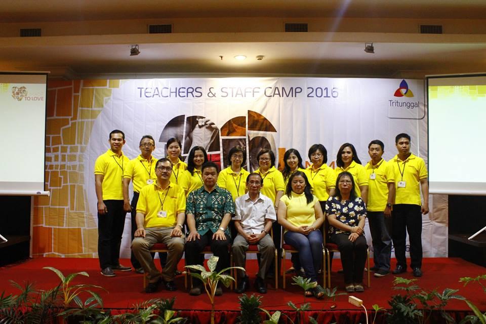 Retret Guru dan Staff