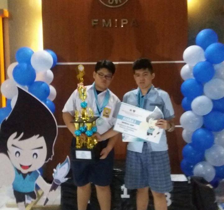 Juara Pertama Lomba Matematika Vektor Tingkat Nasional