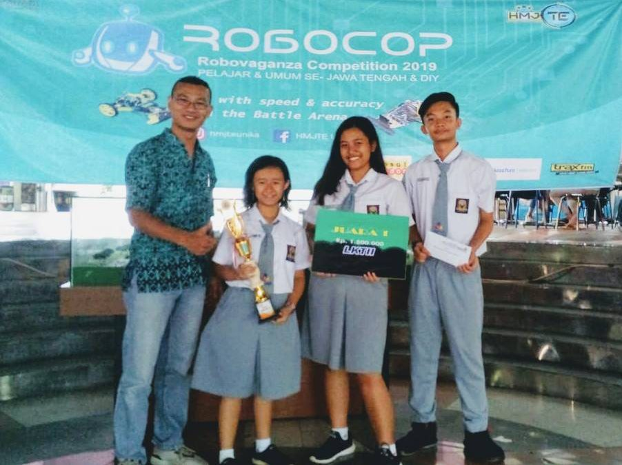 Juara 1 Lomba Karya Tulis Inovasi Ilmiah 2019